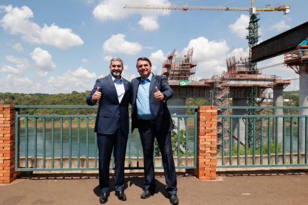 Presidentes celebram as boas relações entre Brasil e Paraguai. Foto: Alan Santos/PR.