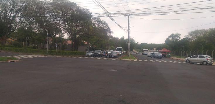 Motoristas que utilizam a Avenida Araucária são os que mais passam transtornos. Foto: Não Viu?